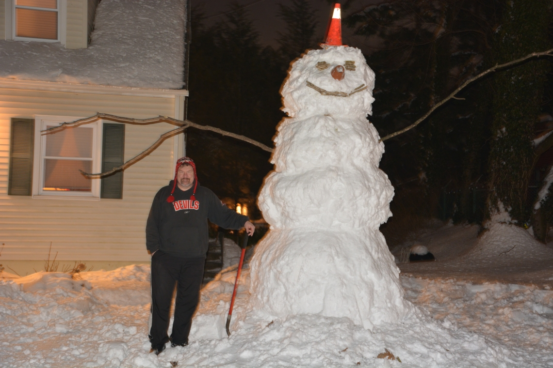 A 12 Foot Snowman!!