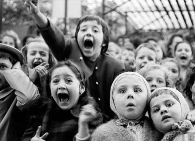 Puppet Show Paris 1963 Dragon Slain